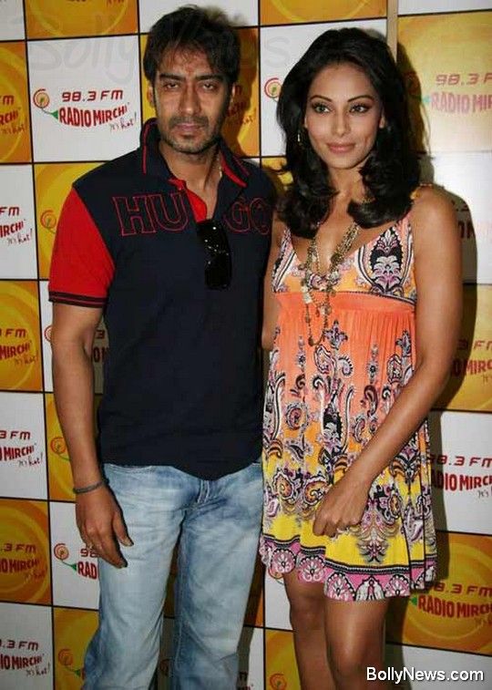 Ajay Devgan and Bipasha Basu