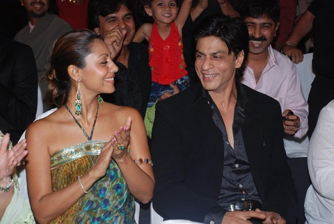 SRK with his Wife